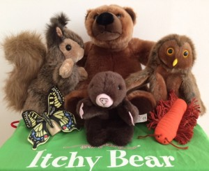 Itchy Bear puppets Story Snug