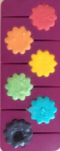 Primary colour icing mixing - Story Snug http://storysnug.com